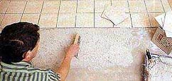 Все   плитки должны быть уложены на одном уровне